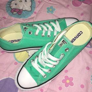 size 7 women's converse